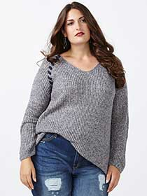 d/c JEANS Long Sleeve V-Neck Sweater