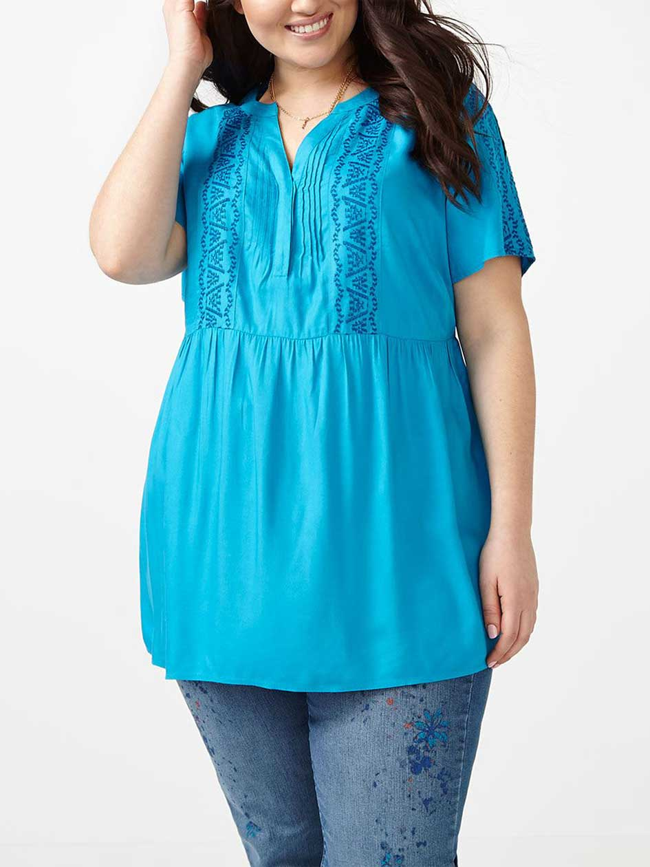 d/c JEANS Short Sleeve Embroidered Blouse