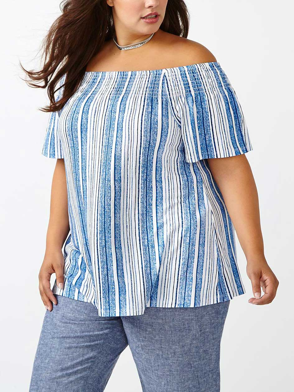 d/c JEANS Short Sleeve Printed Top
