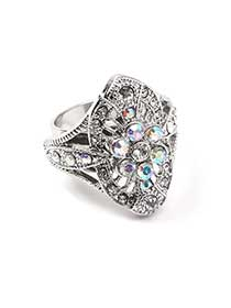 Sparkling Flower Ring