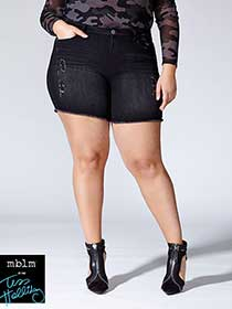 Tess Holliday - Raw Edge Denim Short