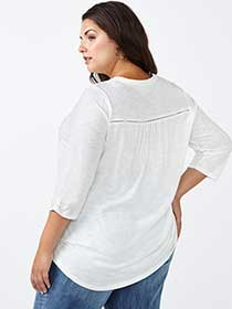 d/c JEANS 3/4 Sleeve Split Neck Cotton Top
