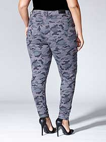 Tess Holliday - Printed Camo Jean