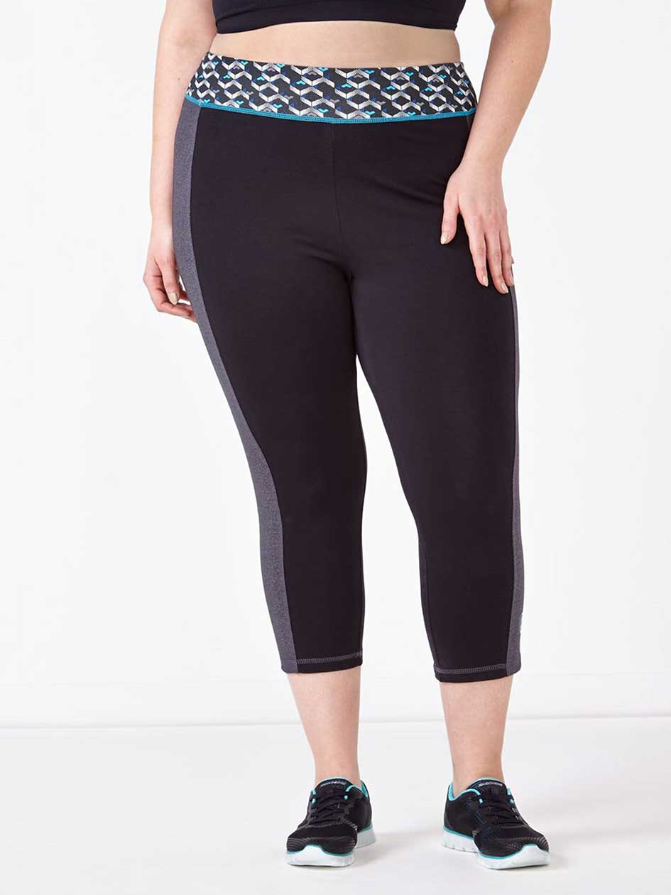 Essentials Tech- Plus-Size Printed Capri Legging