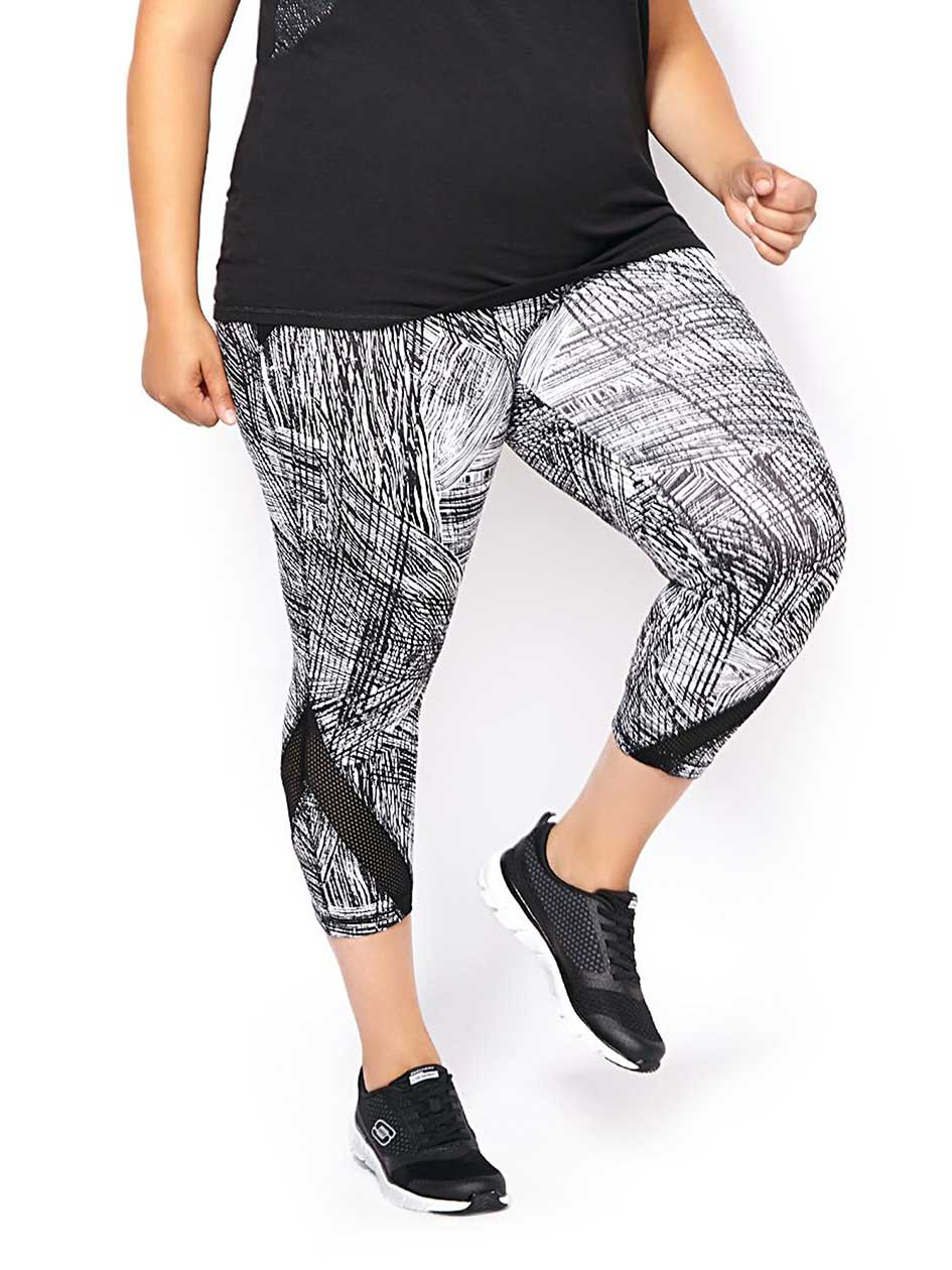 Essentials Tech - Printed Plus-Size Capri Legging
