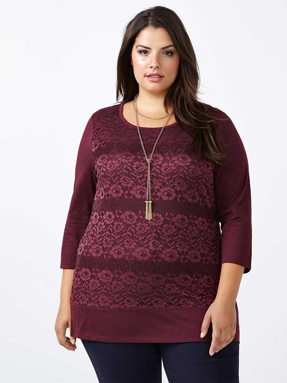 Curve Fit 3/4 Sleeve Lace Front T-Shirt
