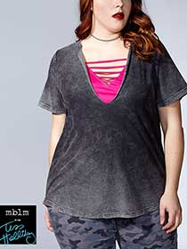 Tess Holliday - Short Sleeve Top with Cami
