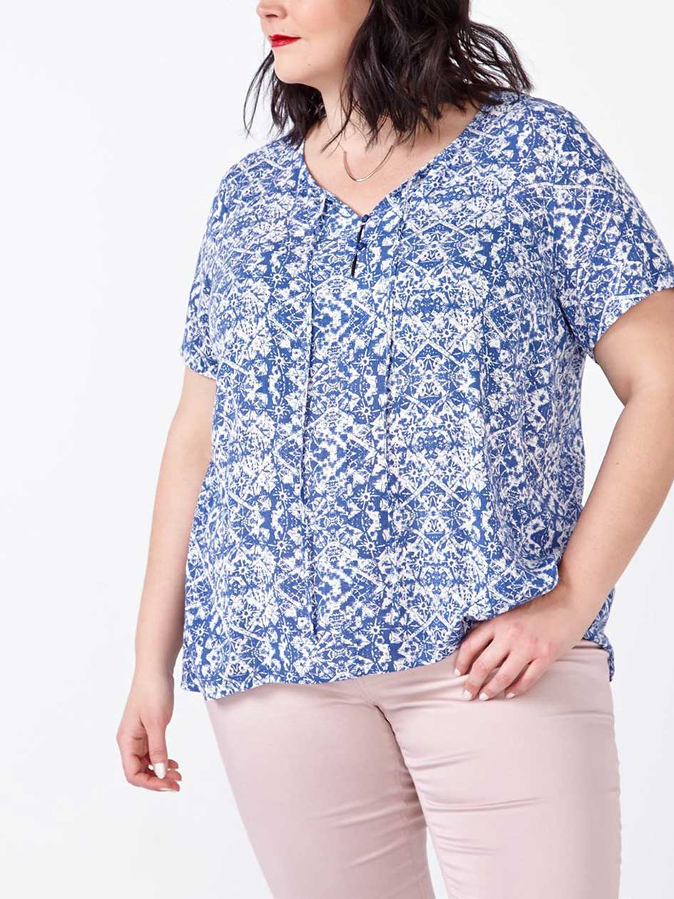 d/c JEANS Short Sleeve Printed Blouse
