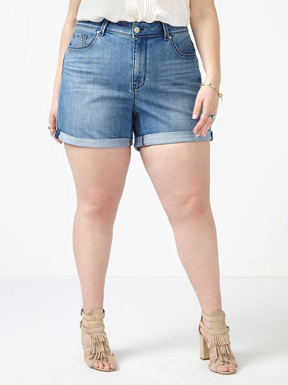 MELISSA McCARTHY Girlfriend Denim Short