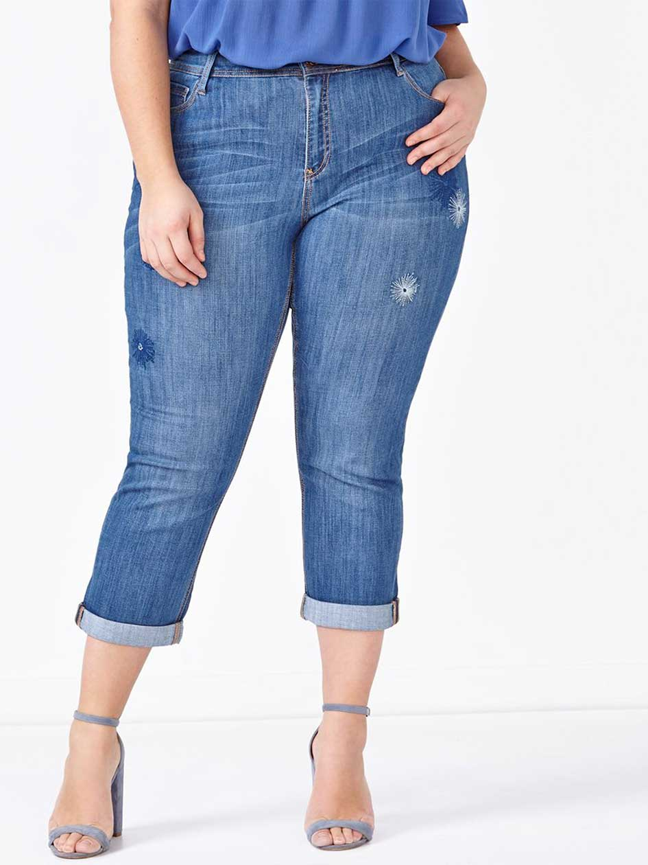 d/c JEANS Slightly Curvy Fit Embellished Denim Capri