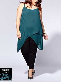 Tess Holliday - Sleeveless Asymmetric Tunic