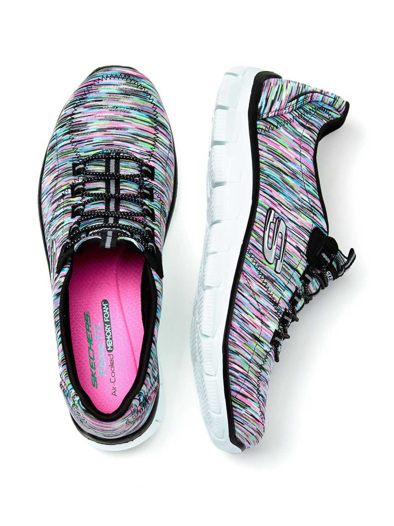 skechers chaussures de sport pieds larges penningtons. Black Bedroom Furniture Sets. Home Design Ideas