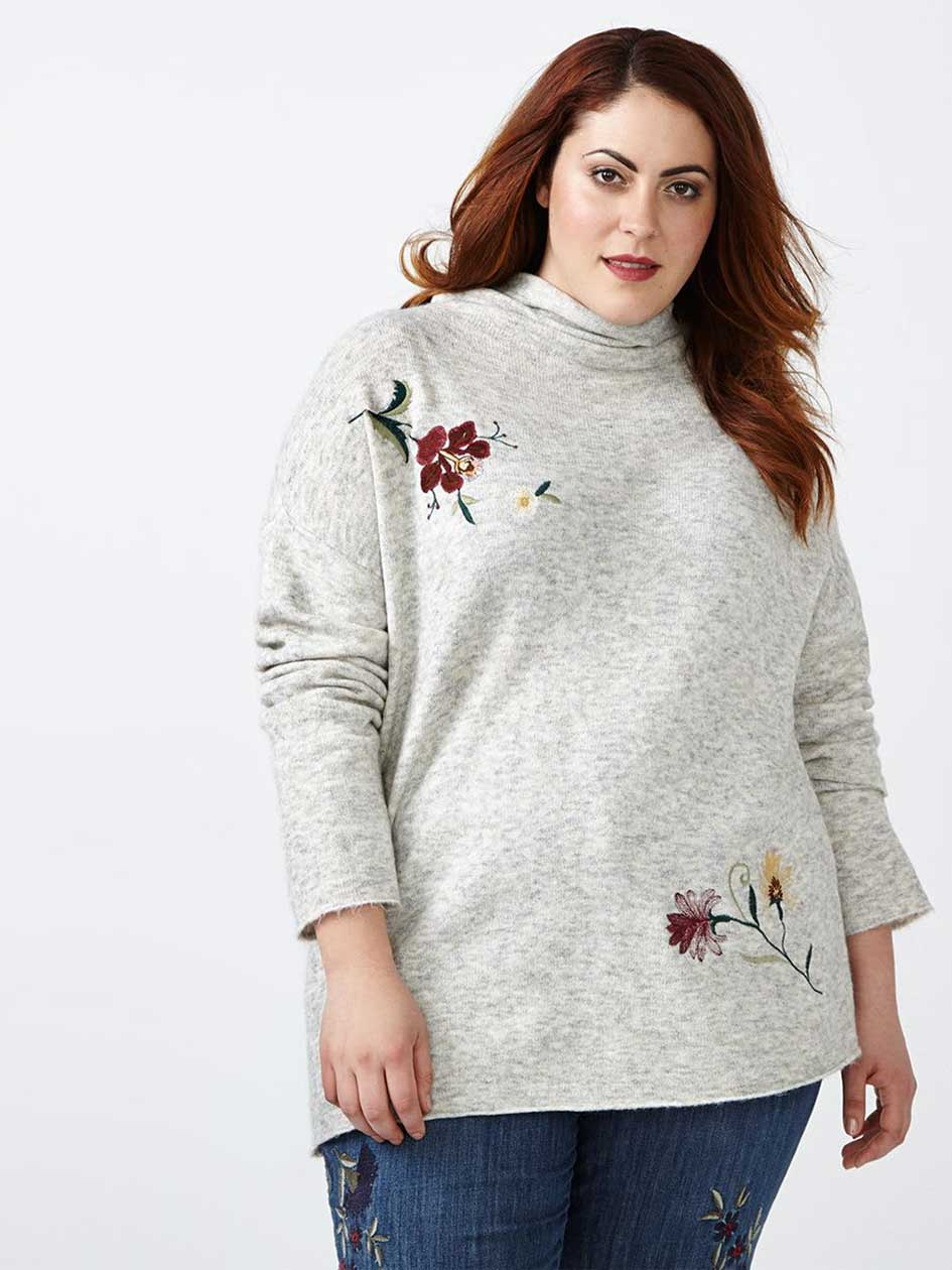 d/c JEANS Embroidered Sweater