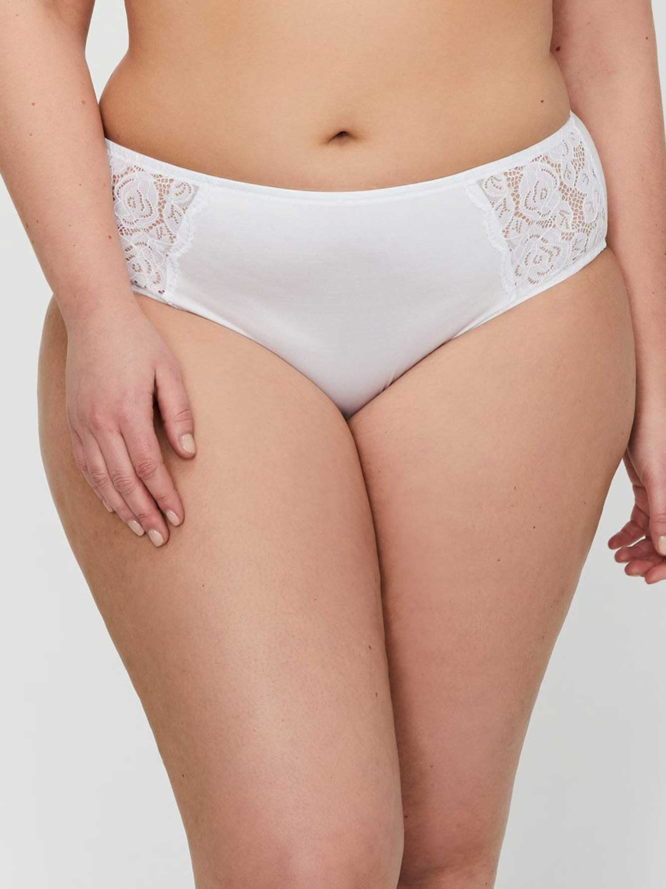 495f0266abe High Cut Panty with Lace - Déesse Collection