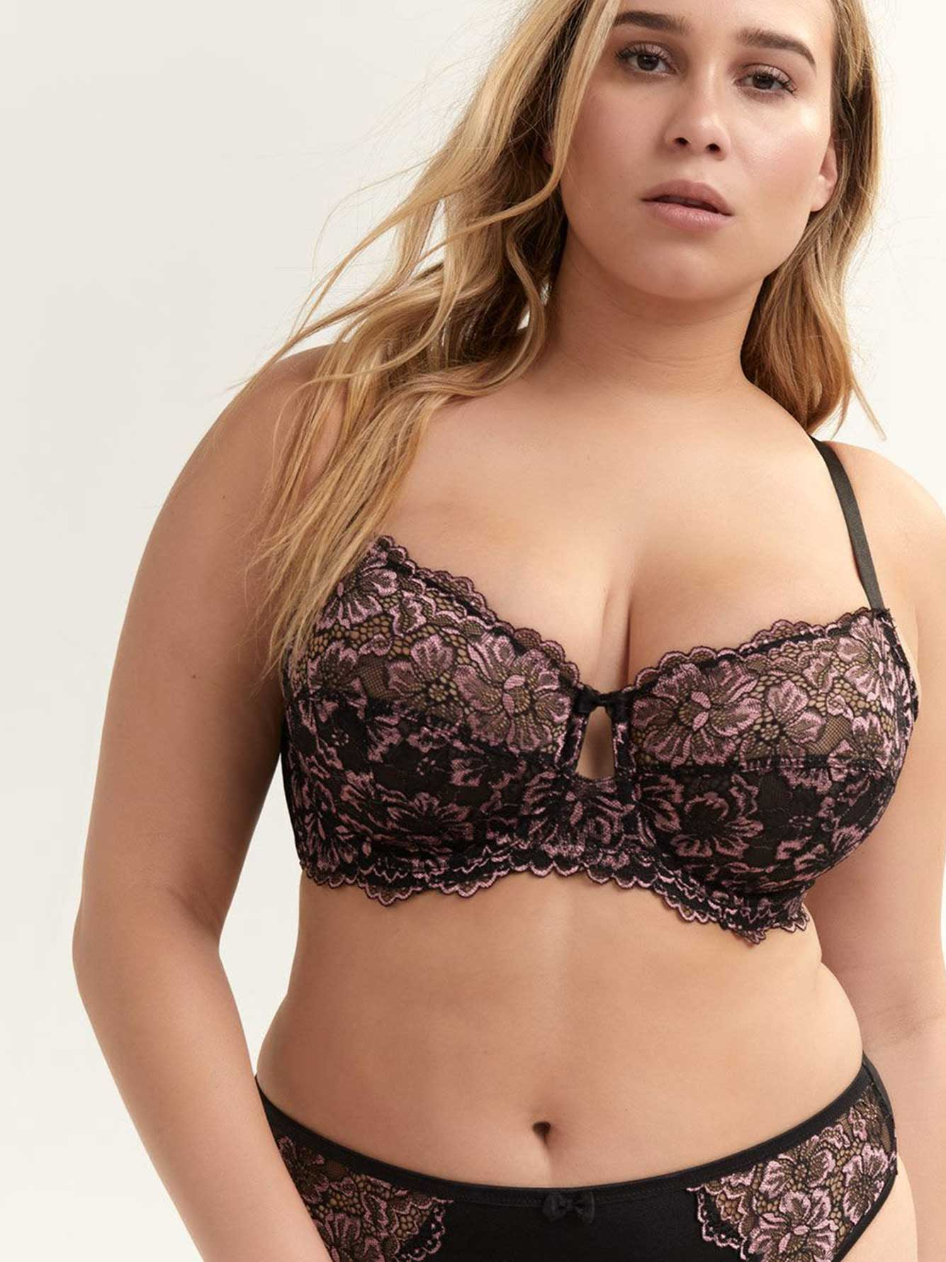 Cross Dye Lace Femme Couture Bra, Sizes G & H - Déesse Collection