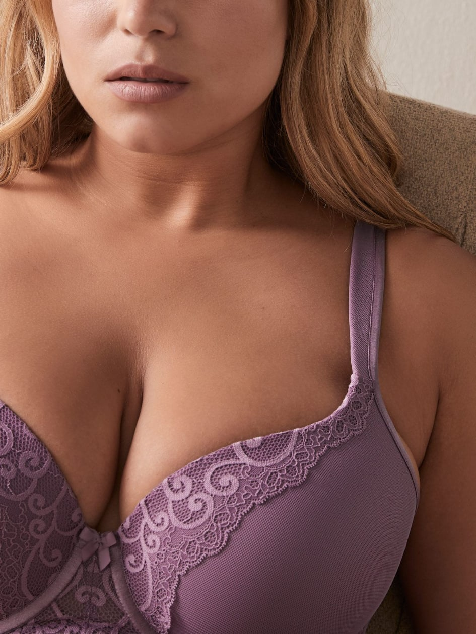 Long Line Contour Bra with Lace, G & H Cups