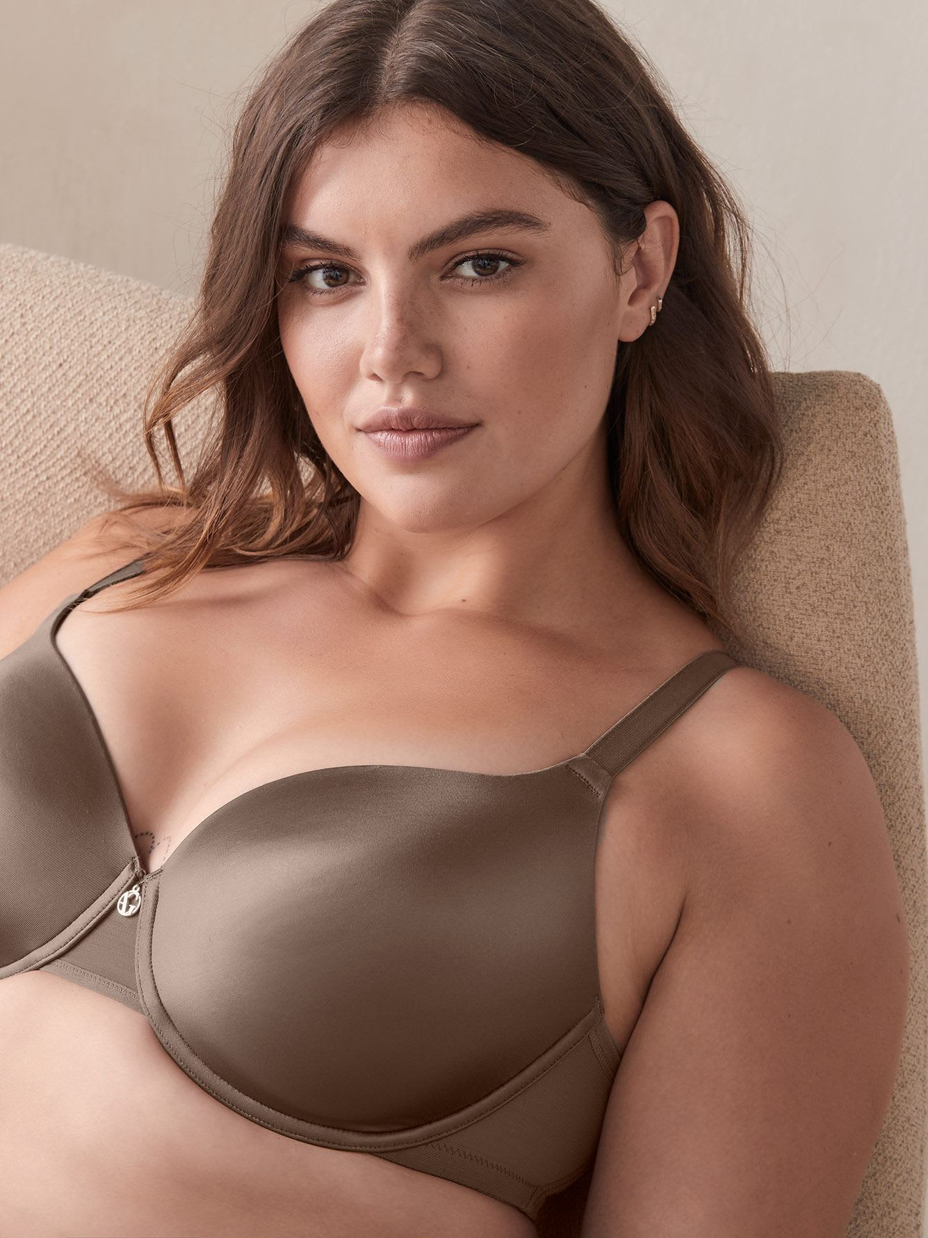 Essentials Icon T-Shirt Bra - Ashley Graham