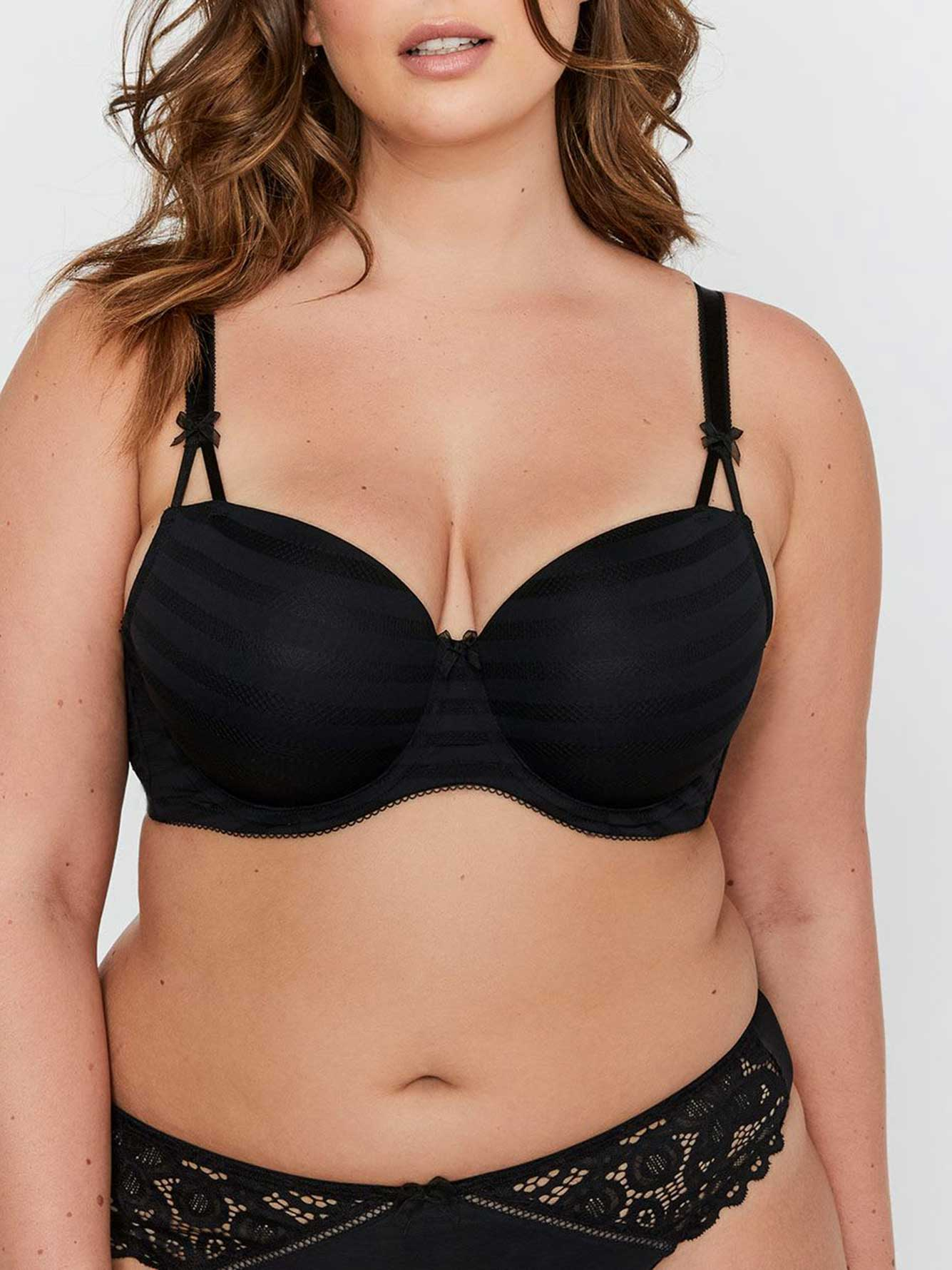 c852f893345 Basic Shadow Stripe Balconet Bra Size G   H - Déesse Collection ...