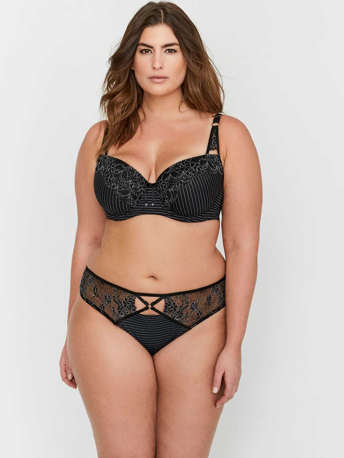 27c1d2a761b94 Ashley Graham Essentials Lace and Striped Showstopper Bra