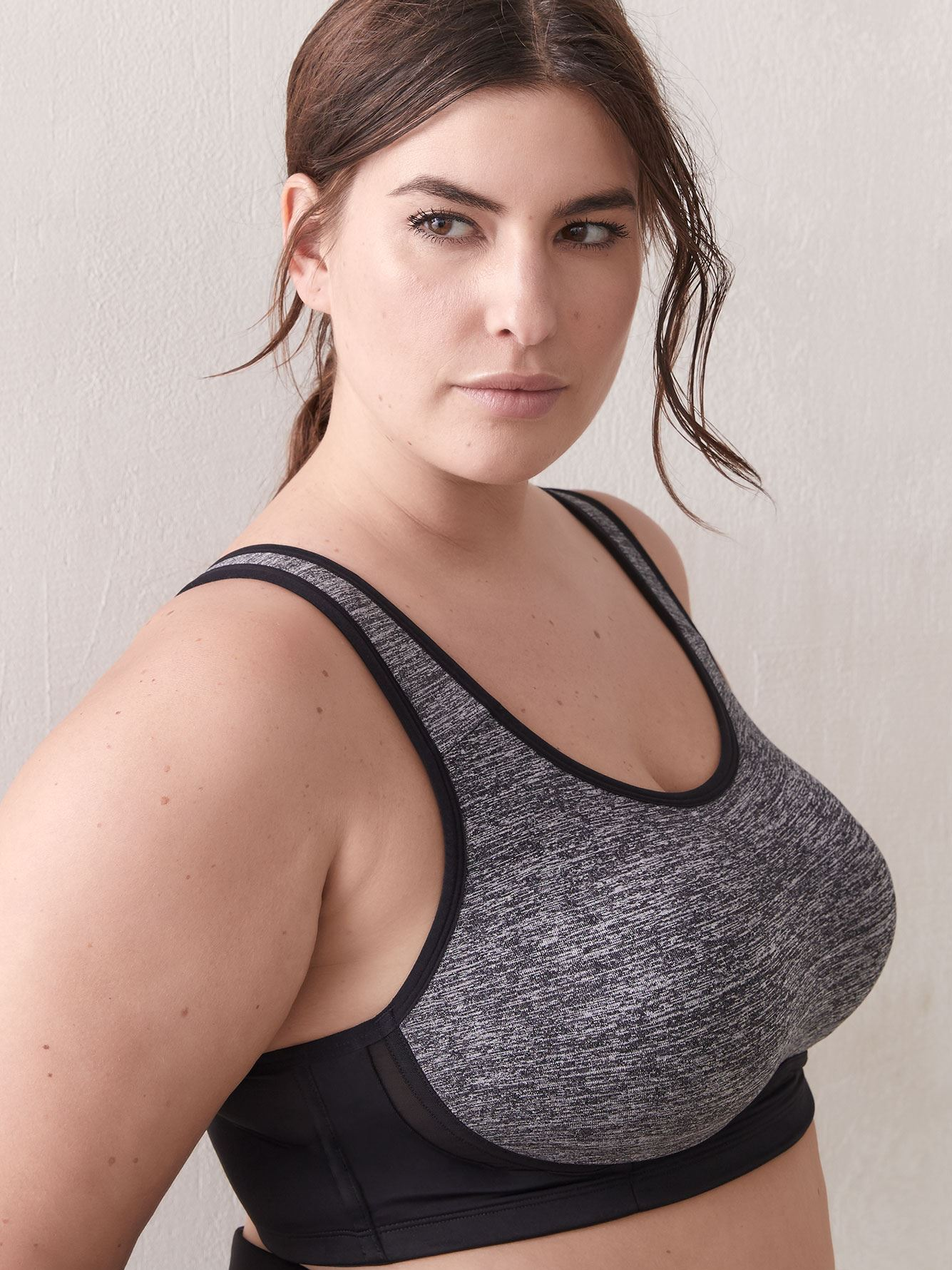 Low-Impact Convertible Sports Bra - Addition Elle