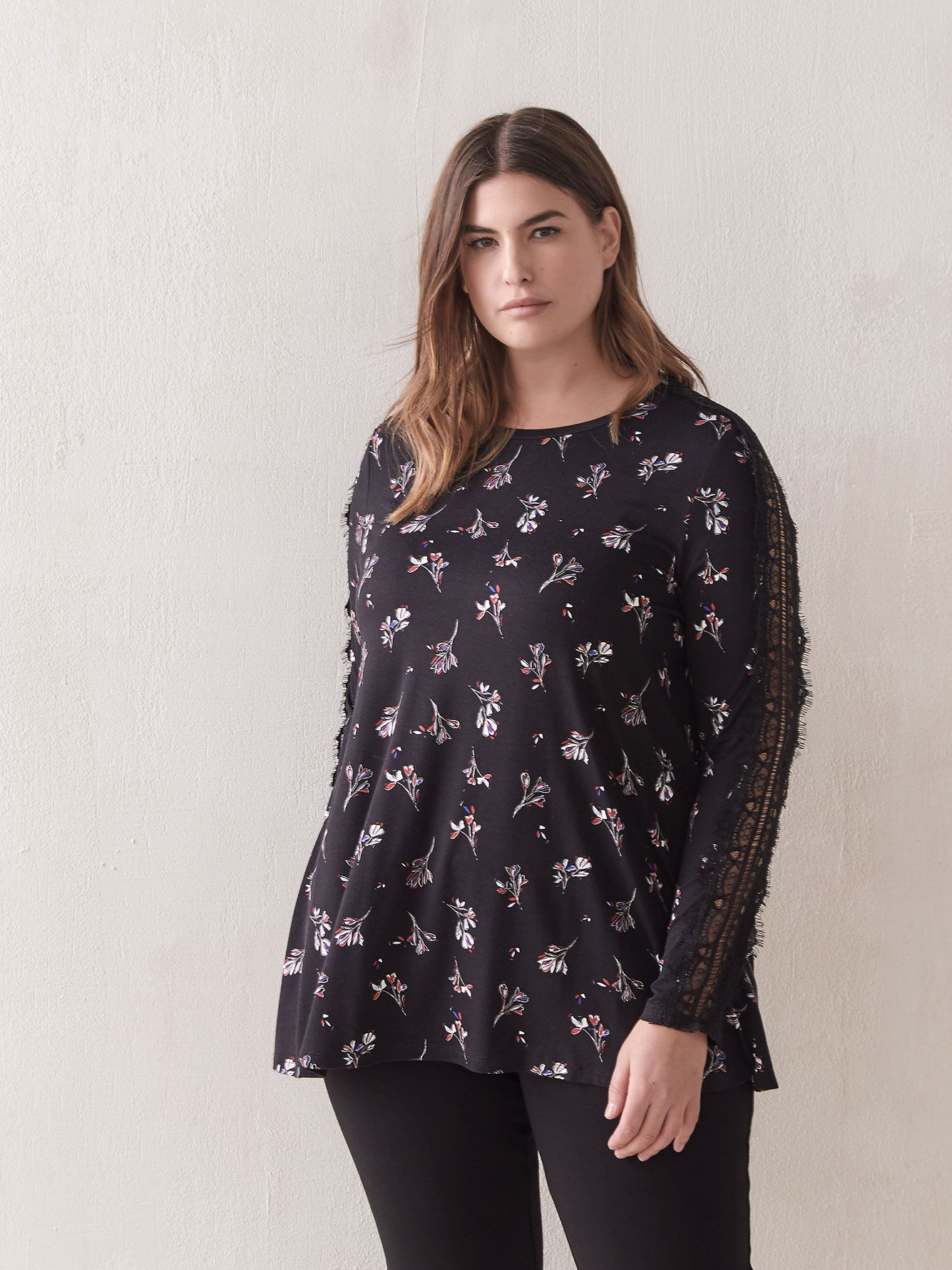Crew-Neck Top with Lace - In Every Story
