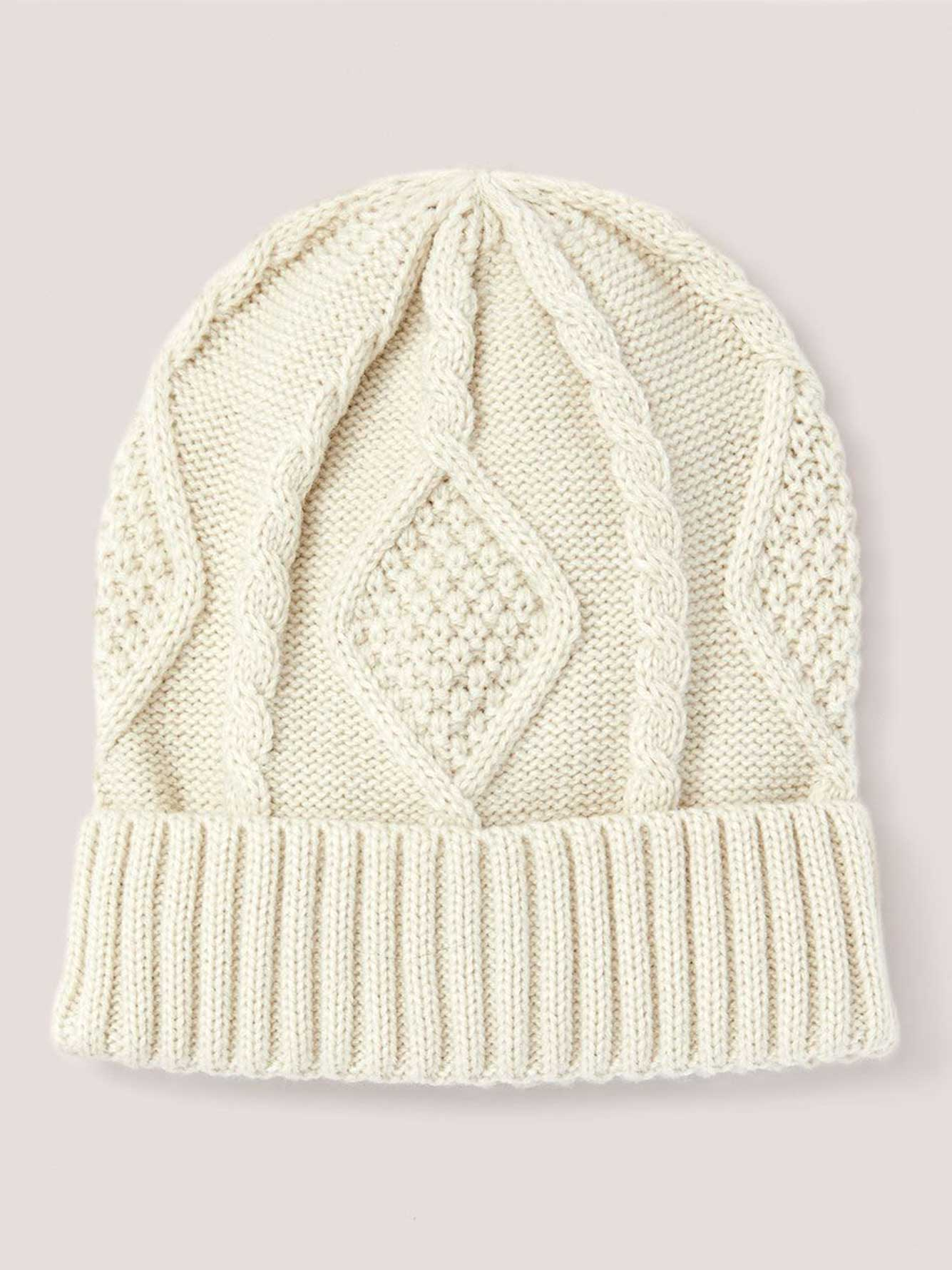 Cable Knit Tuque