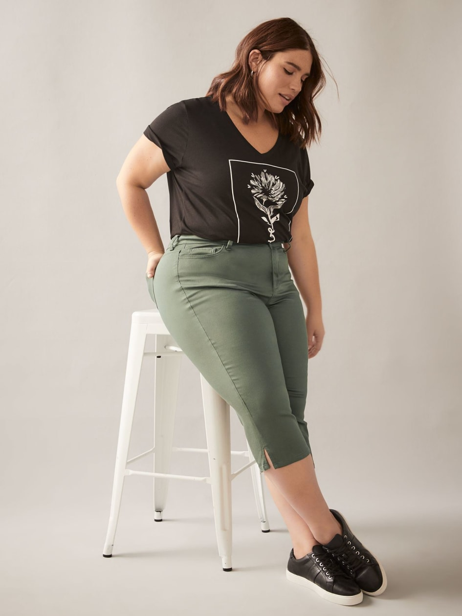 Five Pocket Jegging Capri - In Every Story