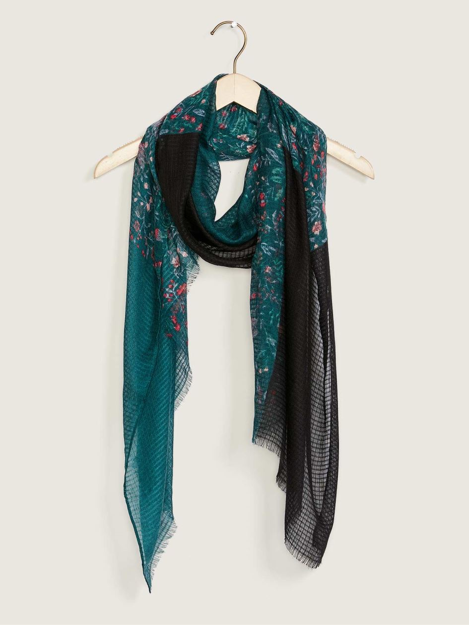 Floral Print Scarf with Fringe - In Every Story