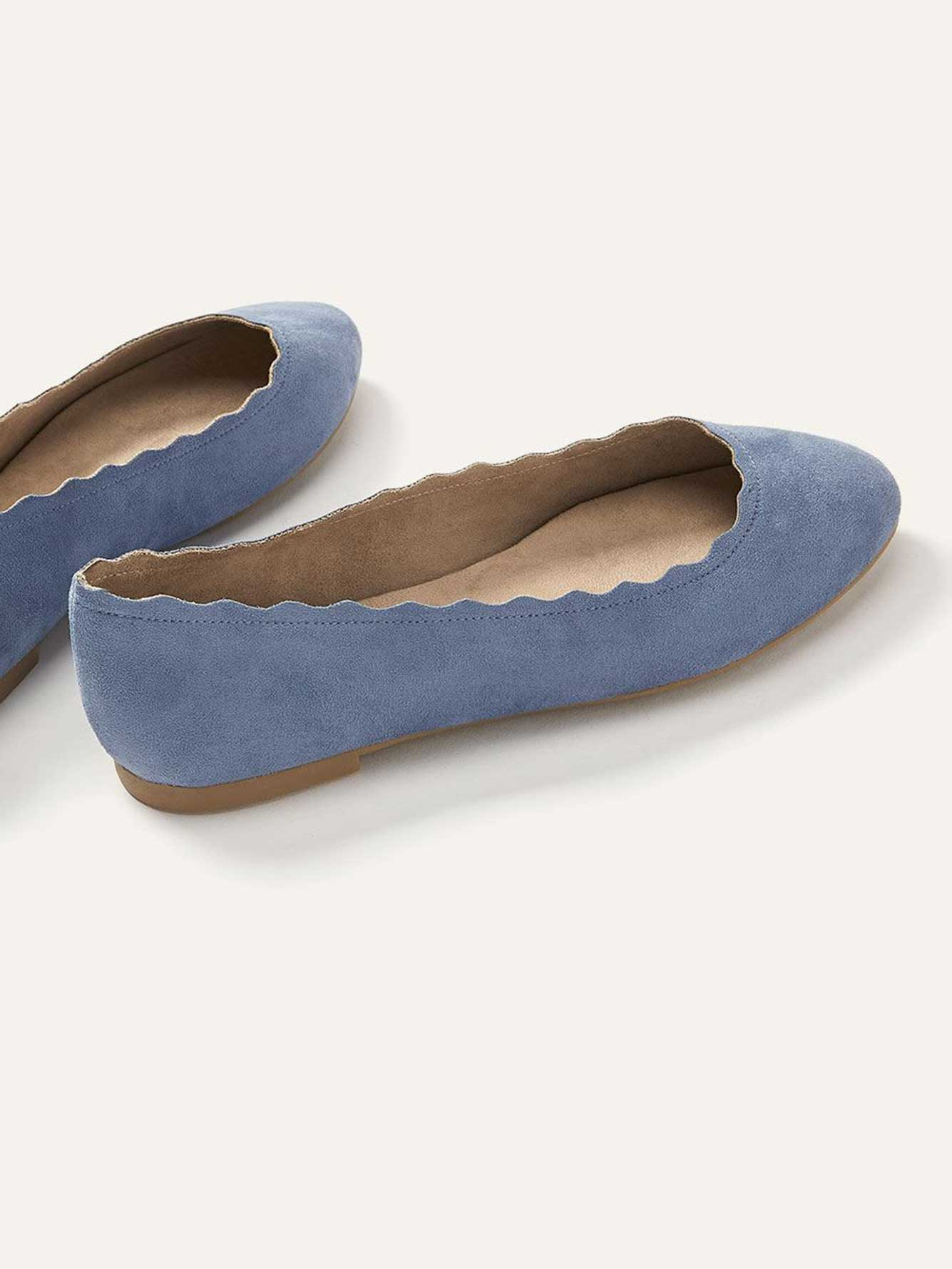 Wide Scalloped Ballerina Flats