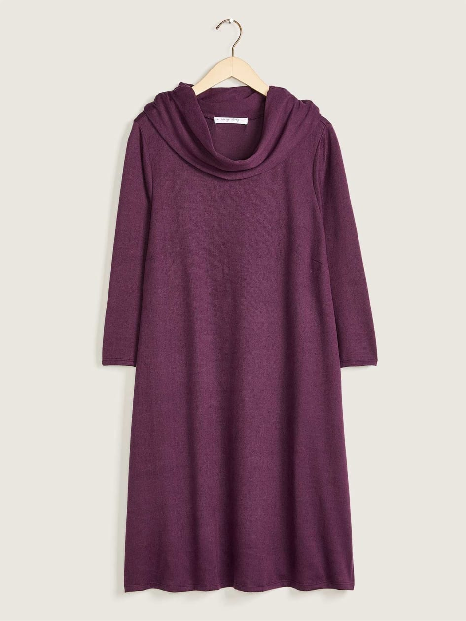 3/4 Sleeve Dress With Fold Over Collar, Solid Colour - In Every Story