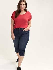Slightly Curvy Straight Leg Denim Capri with Buttons - d/C JEANS