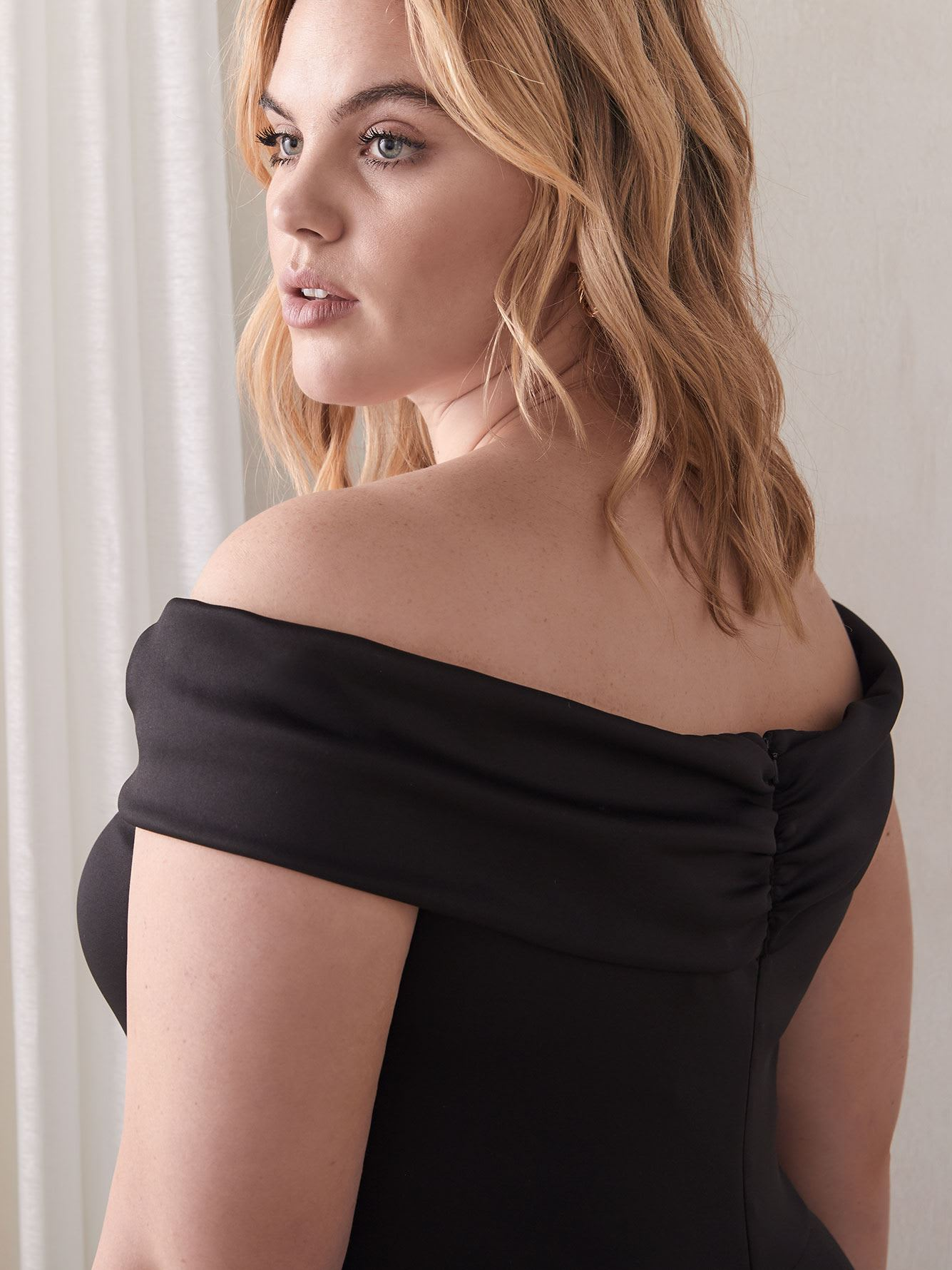 Liliana Off-The-Shoulder Gown - Black Halo