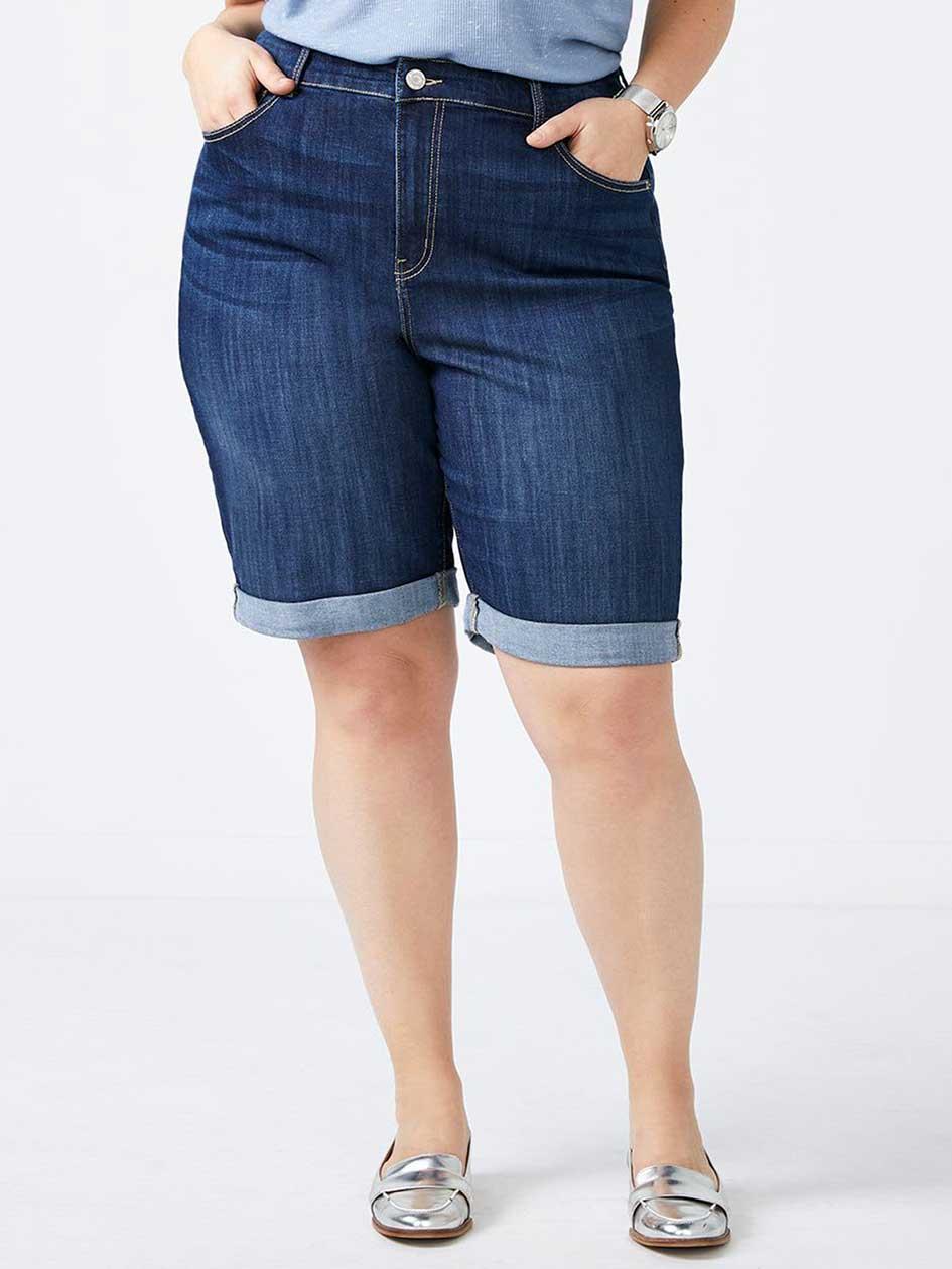 Curvy Fit Bermuda Jean Short - d/c JEANS