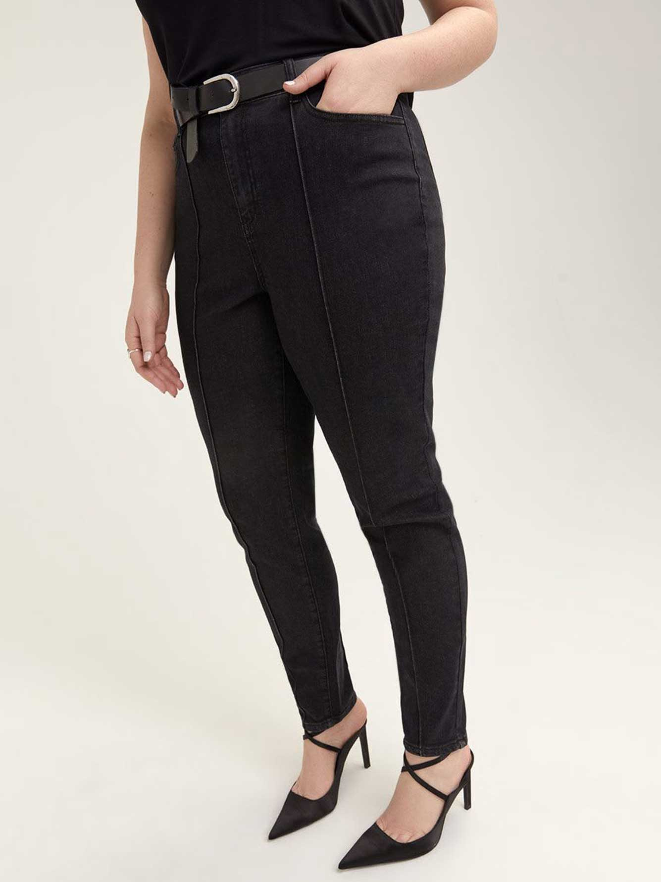 Slightly Curvy Skinny Pintuck Jean - L&L