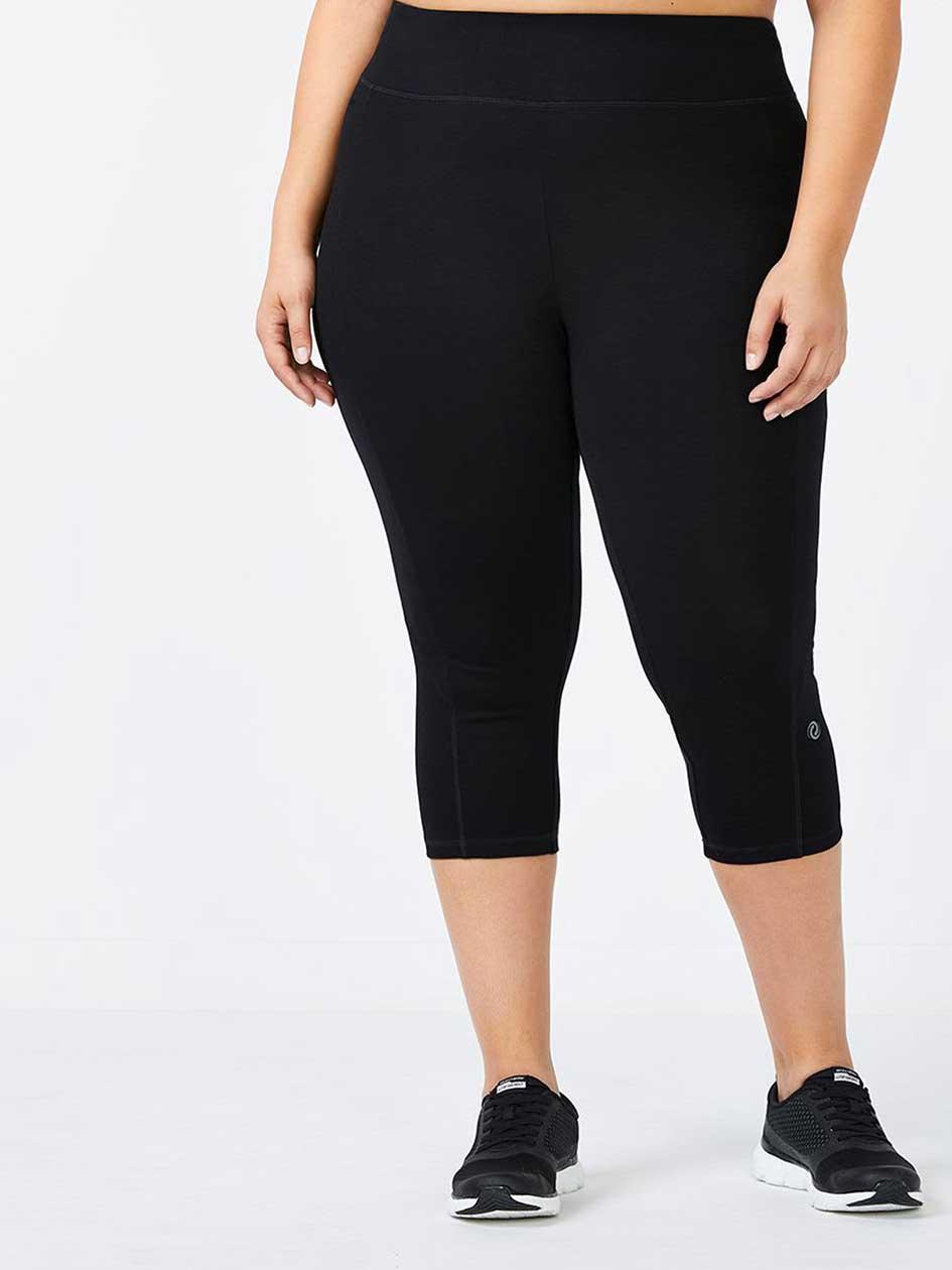 Essentials - Basic Plus-Size Capri Legging