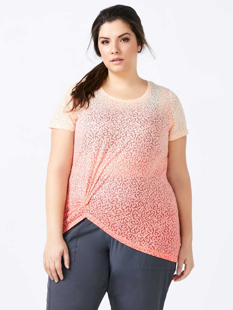 Plus-Size Printed T-Shirt with Knot - Essentials