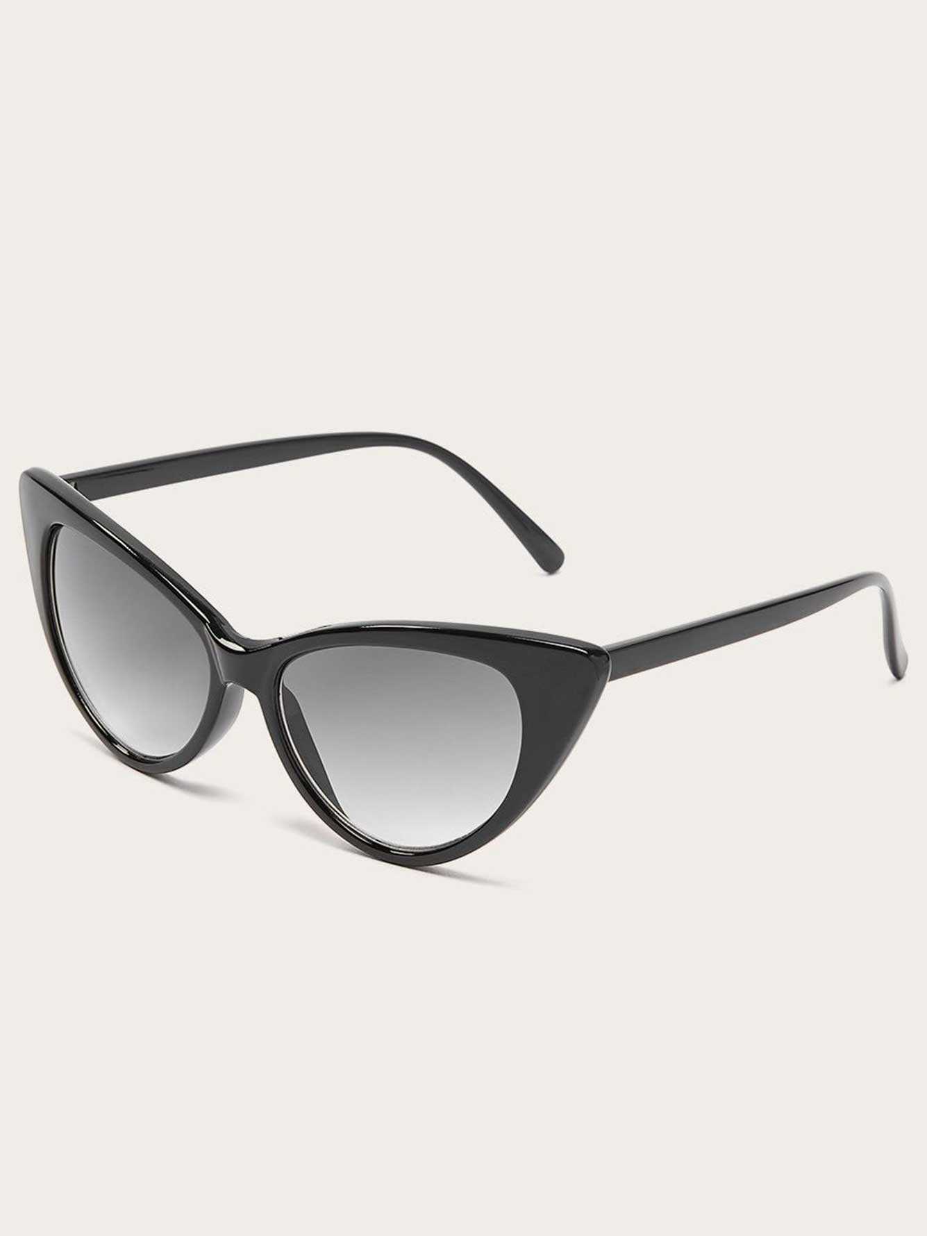 5b44322ffa4 Black Cat Eye Sunglasses