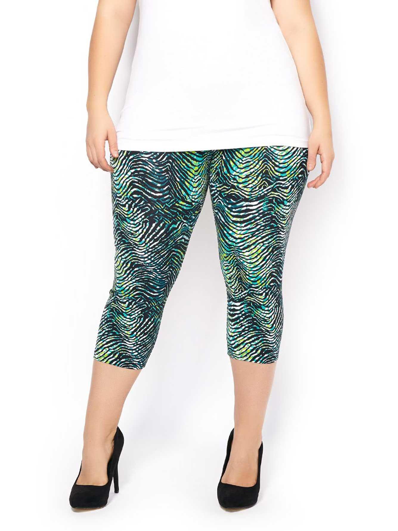 60c1081ed3b Printed Capri Legging