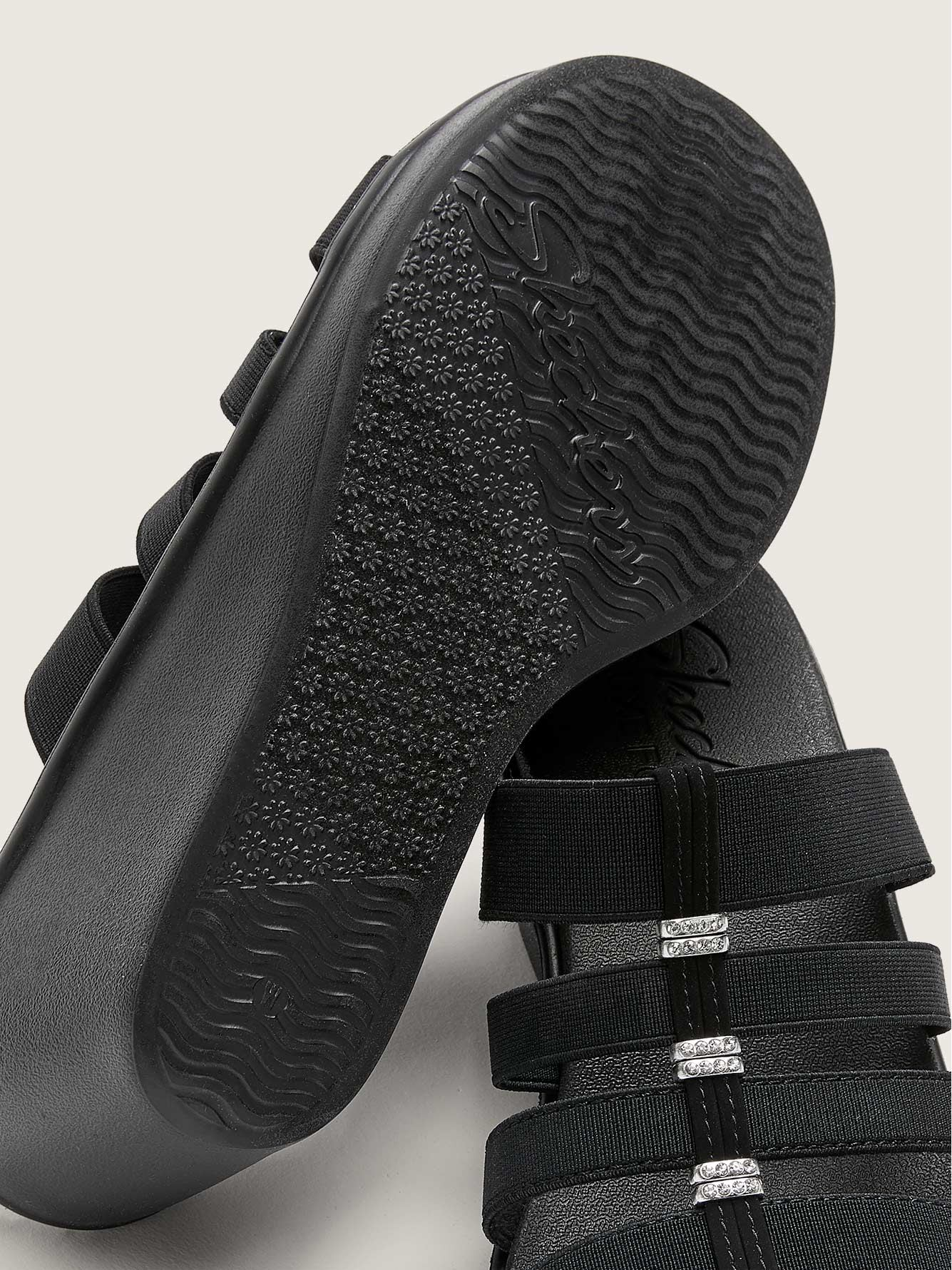 Wide-Fit Rumble On City Fever Sandals - Skechers