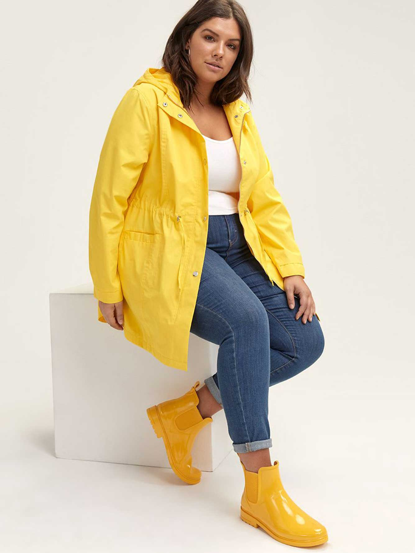 5244188012 Wide Chelsea Short Rain Boots