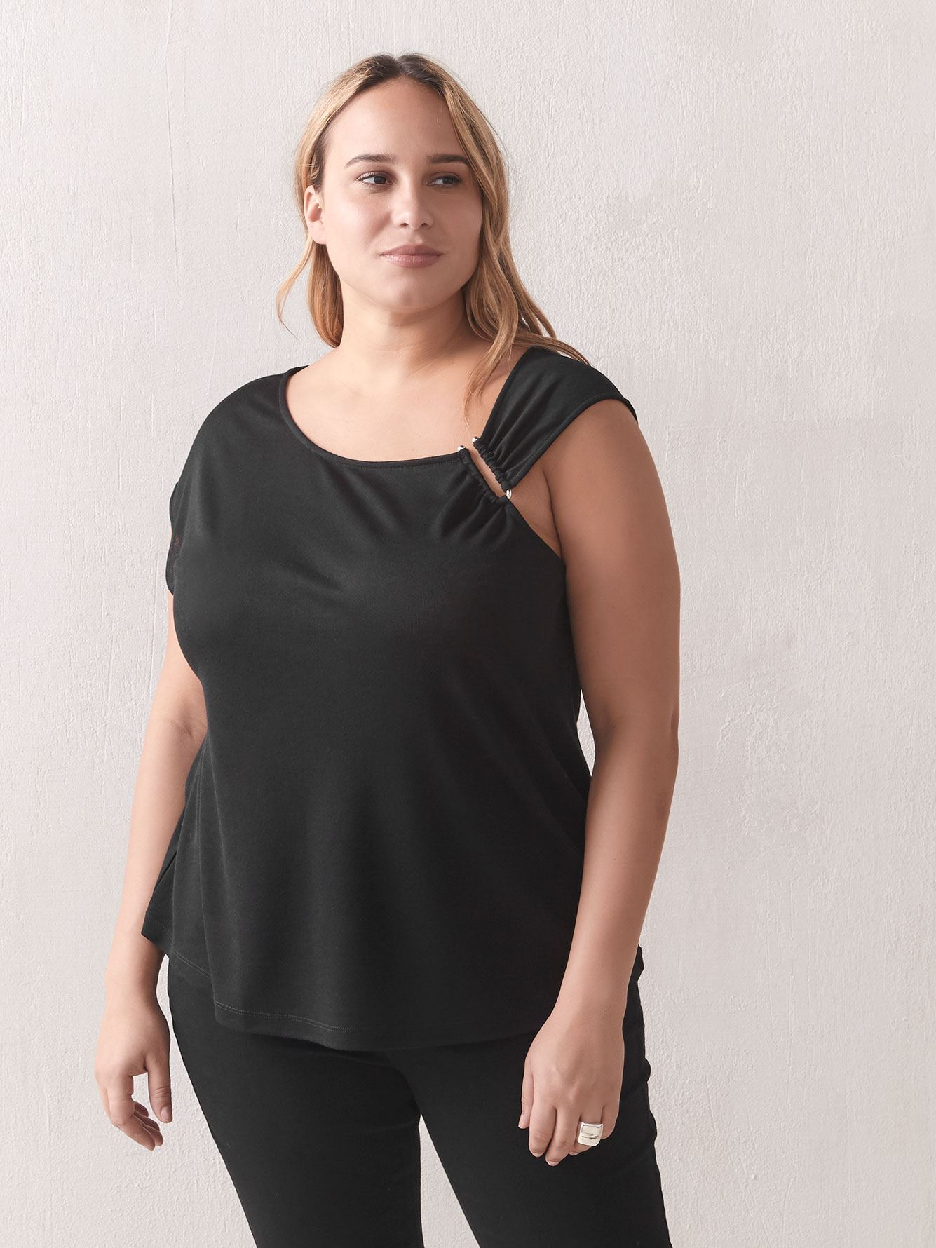 Solid Asymmetrical Top - Addition Elle