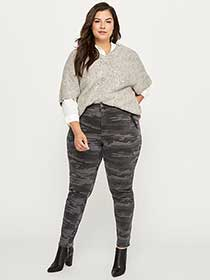 ONLINE ONLY - Tall Slightly Curvy Slim Leg Camouflage Cargo Pant - d/C JEANS