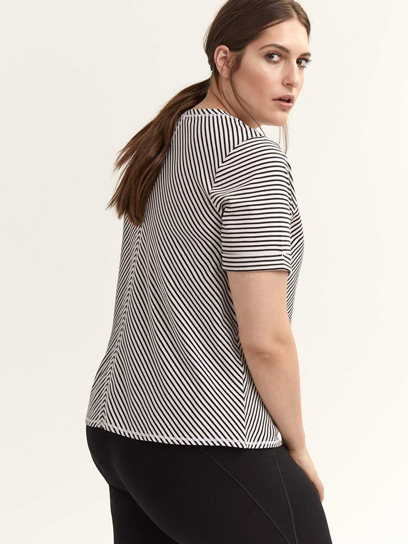 Striped Plus Size T-Shirt - ActiveZone