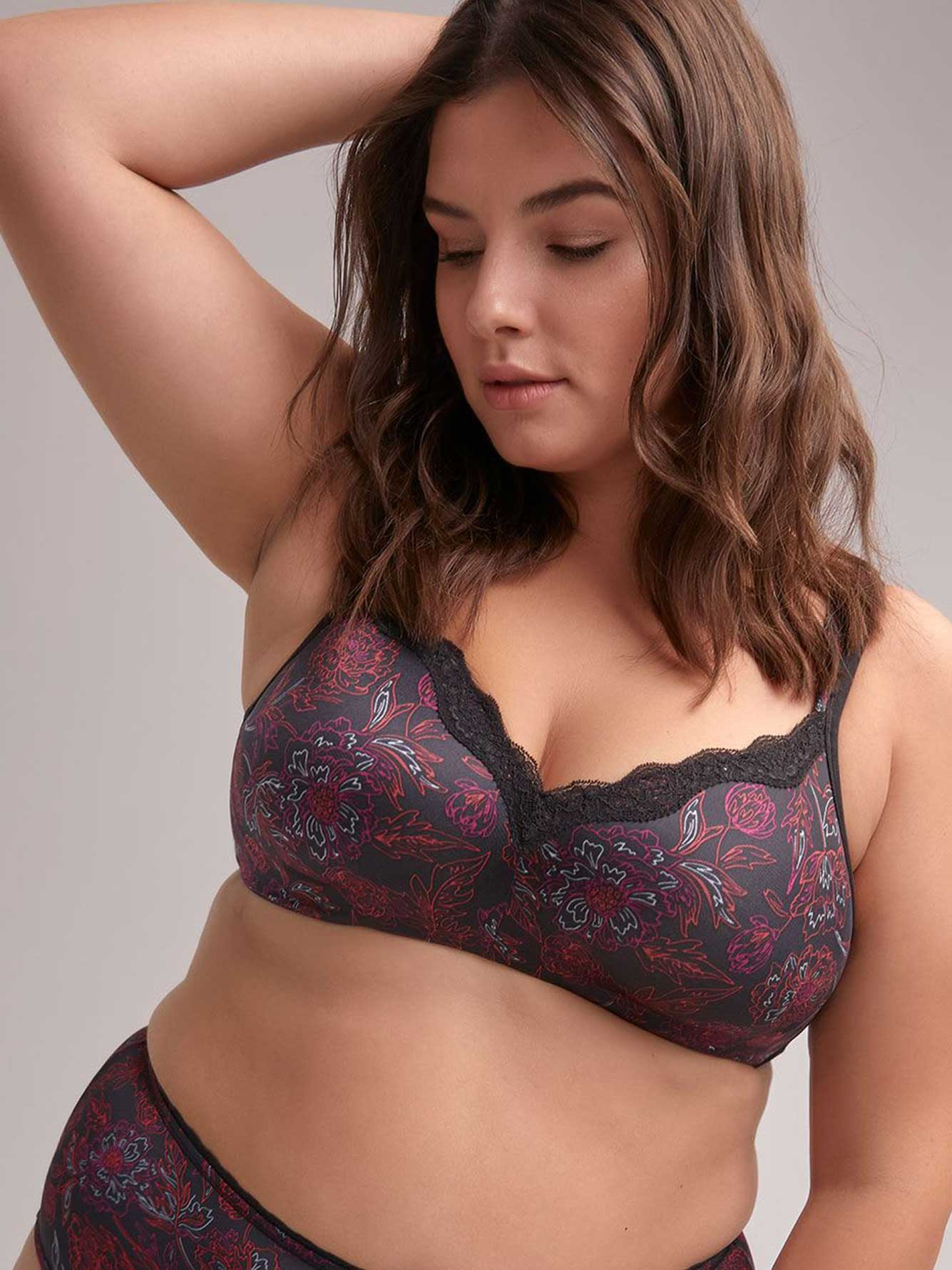 Floral Padded Wirefree Bra with Lace, G & H Cups - ti Voglio
