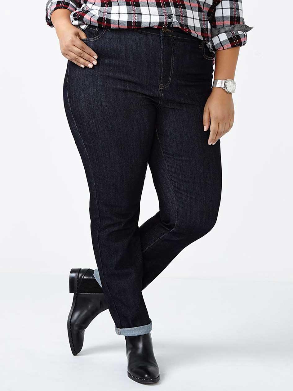 d/c JEANS Petite Slightly Curvy Fit Straight Leg Jean