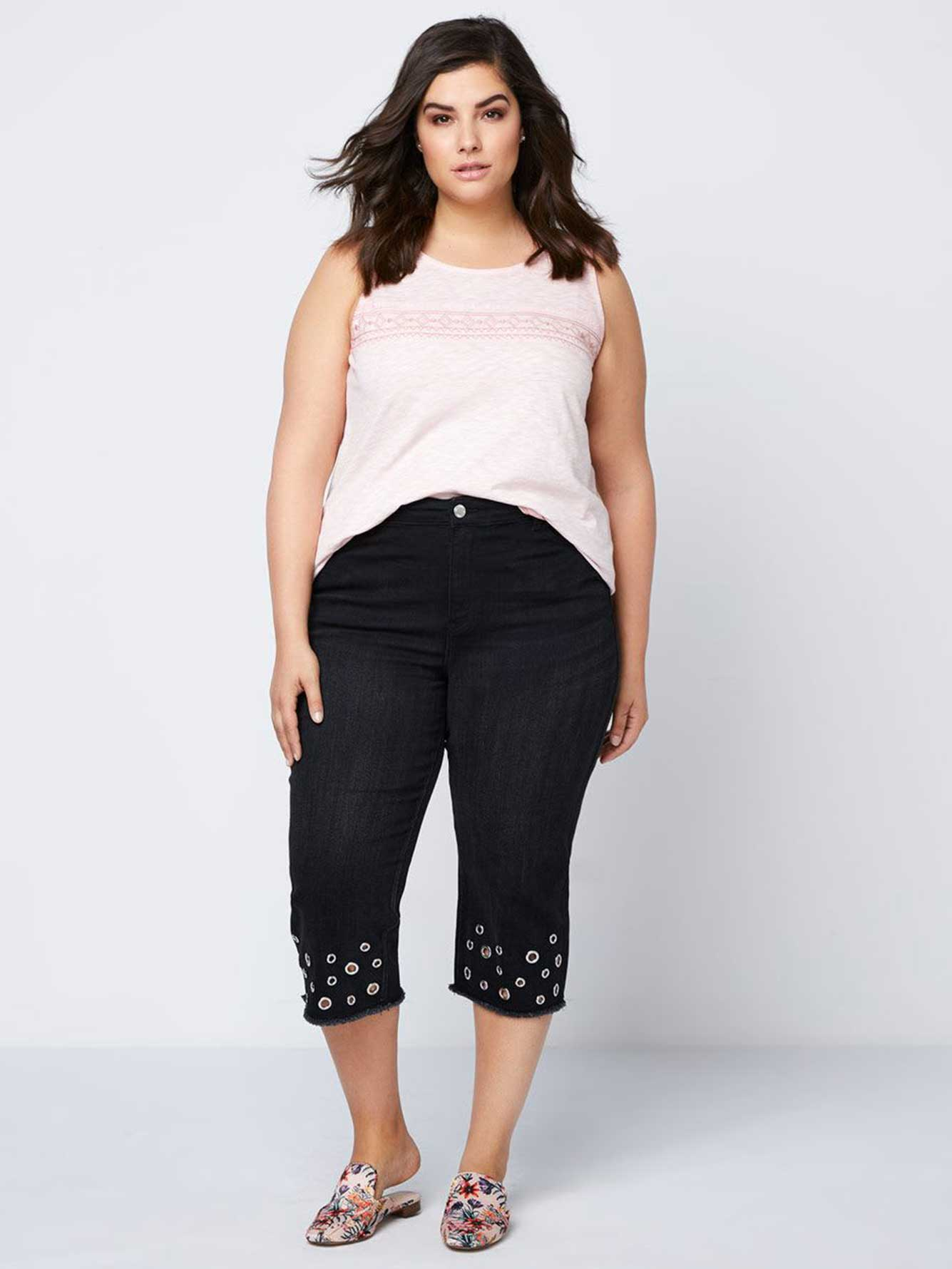 Sleeveless Top with Embroidery & Crochet - d/C JEANS