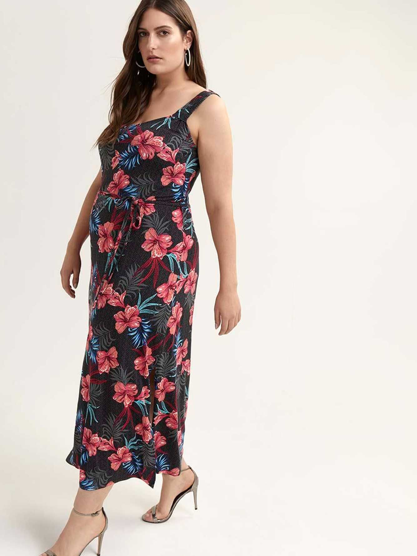 342dfb7647a Sleeveless Maxi Dress with Side Slit - In Every Story
