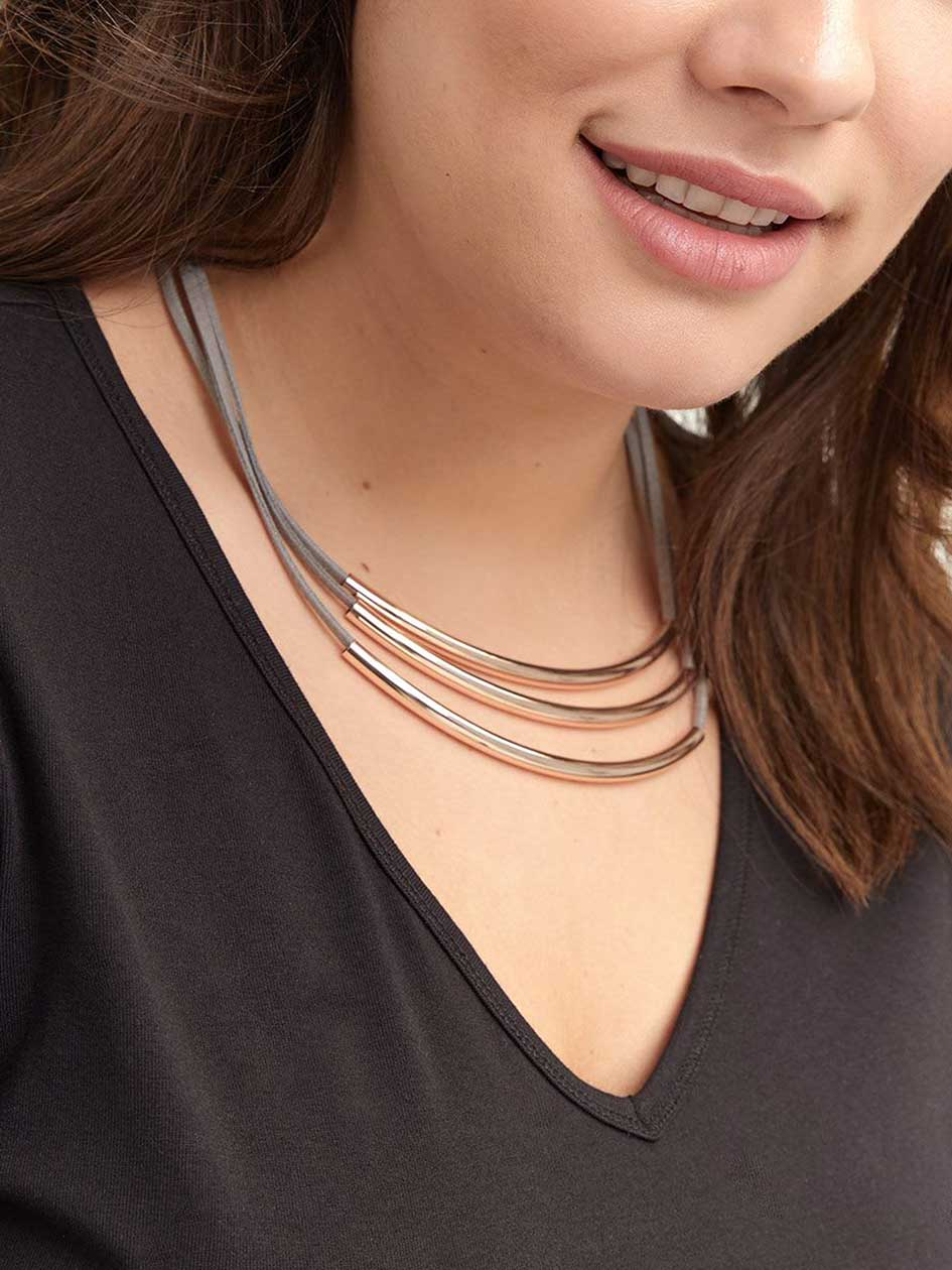 Multi-Layered Short Necklace