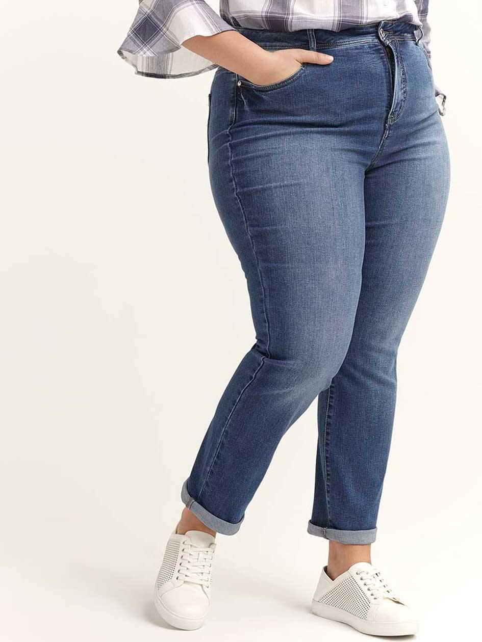 Slightly Curvy Straight Leg Jean - d/C JEANS