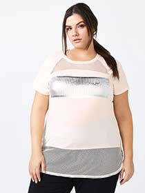 Athleisure - Plus-Size T-Shirt with Mesh